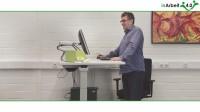 Vorschau auf Video mit individuell einstellbarem Computerarbeitsplatz